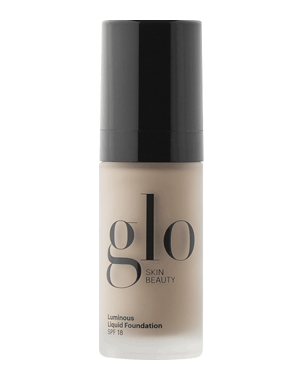 Glo Skin Beauty Luminous Liquid Foundation SPF18, 30ml