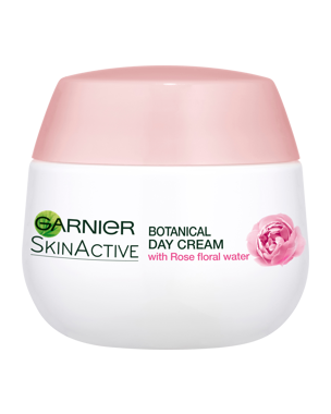 Garnier Moisture+ Rose Floral Water (Dry/Sensitive) 50ml