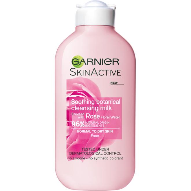 Garnier Cleansing Milk Rose (Dry/Sensitive Skin) 200ml