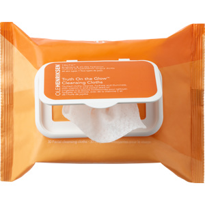 Truth On The Glow Cleansing Cloths 30PCS
